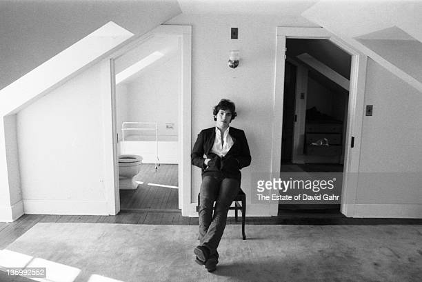 Bruce Springsteen poses for a portrait at home in January 1977 in New Jersey
