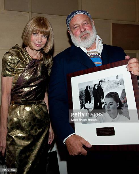 Bruce Weber and Anna Wintour attend the Gordon Parks Foundation's Celebrating Spring fashion awards gala at Gotham Hall on June 2 2009 in New York...
