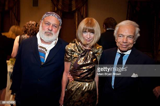 Bruce Weber Anna Wintour and Ralph Lauren attend the Gordon Parks Foundation's Celebrating Spring fashion awards gala at Gotham Hall on June 2 2009...