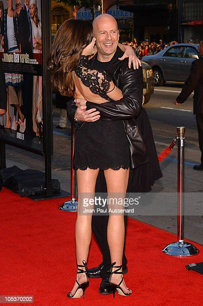 Bruce Willis and Brooke Burns during 'The Whole Ten Yards' World Premiere Arrivals at Chinese Theatre in Hollywood California United States