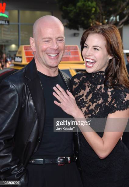 Bruce Willis and Brooke Burns during The Whole Ten Yards World Premiere at Grauman's Chinese Theatre in Hollywood CA United States