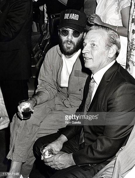Bruce Willis and David Willis during Mike Tyson vs Michael Spinks Fight at Trump Plaza June 27 1988 at Trump Plaza in Atlantic City New Jersey United...