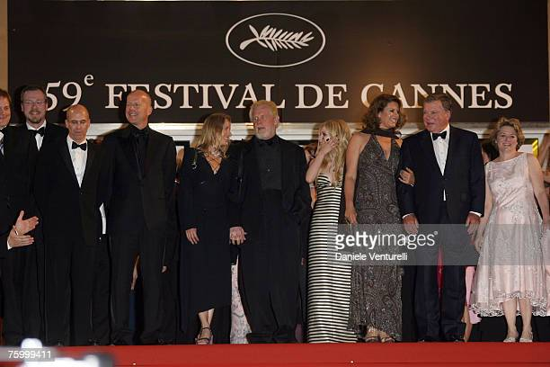 Bruce Willis Nick Nolte Avril Lavigne Elizabeth Anderson Martin and William Shatner