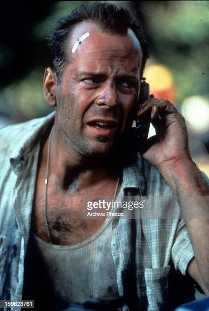 11 Die Hard With A Vengeance 1995 Movie Photos And Premium High Res Pictures Getty Images