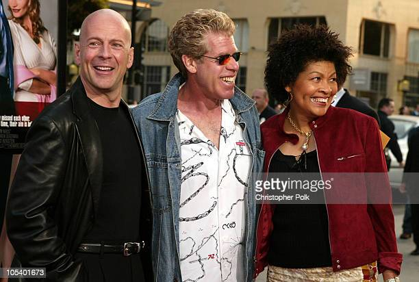 Bruce Willis Ron Perlman and wife Opal during The Whole Ten Yards World Premiere at Grauman's Chinese Theatre in Hollywood CA United States