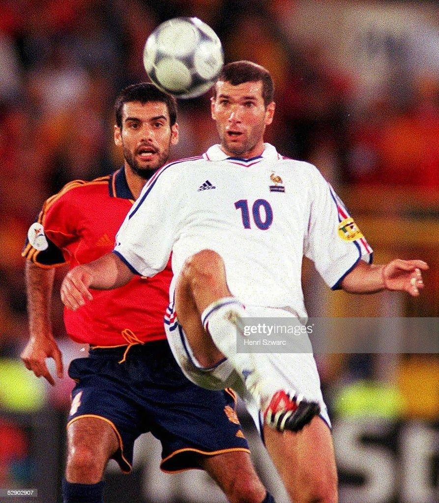 FINALE, Bruegge; SPANIEN - FRANKREICH (ESP - FRA) 1:2; Josep GUARDIOLA/ESP, Zinedine ZIDANE/FRA