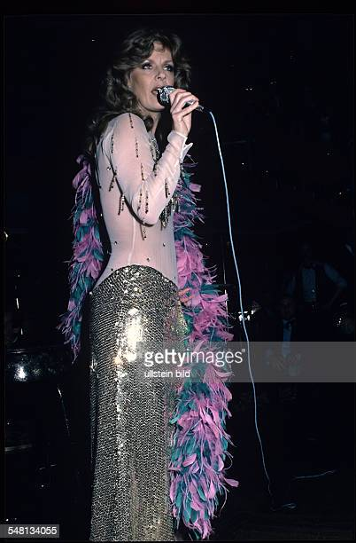 Heidi br hl stock photos and pictures getty images for Popular music 1988