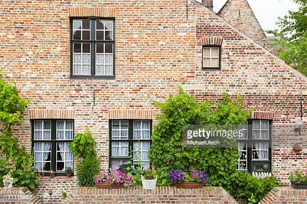 Bruges Begijnhof maisons