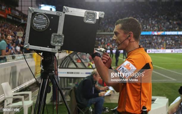 20180419 Bruges Belgium / Club Brugge v Sporting Charleroi / 'nJonathan LARDOT Video assistant referee VAR'nFootball Jupiler Pro League 2017 2018...