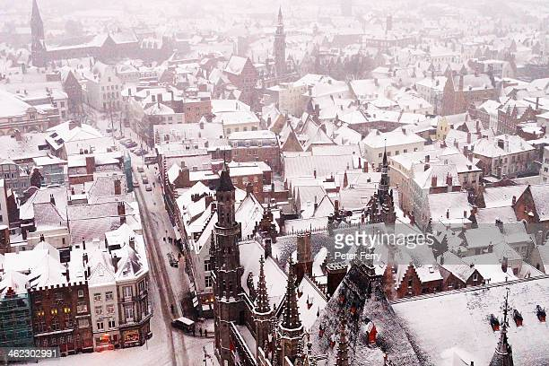 bruges in winter - bruges stock pictures, royalty-free photos & images