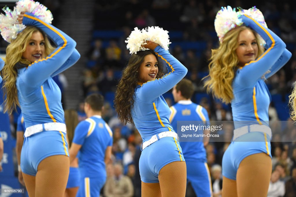 Oregon State v UCLA : News Photo