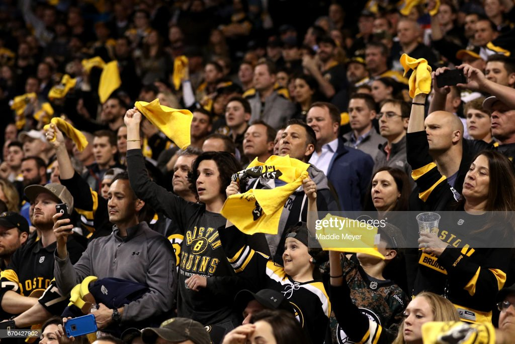 Ottawa Senators v Boston Bruins - Game Four : News Photo