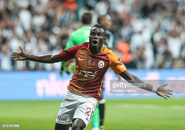 Bruma of Galatasaray celebrates after scoring a goal during the Turkish Spor Toto Super Lig football match between Besiktas and Galatasaray at...