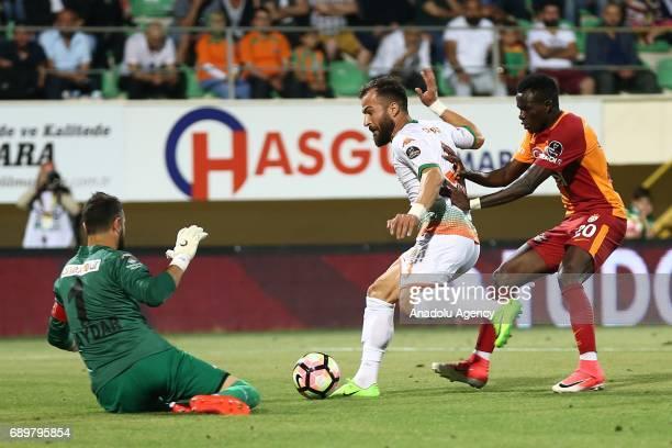 Bruma of Galatasaray in action during the Turkish Spor Toto Super Lig match between Aytemiz Alanyaspor and Galatasaray at Bahcesehir Okullari Arena...