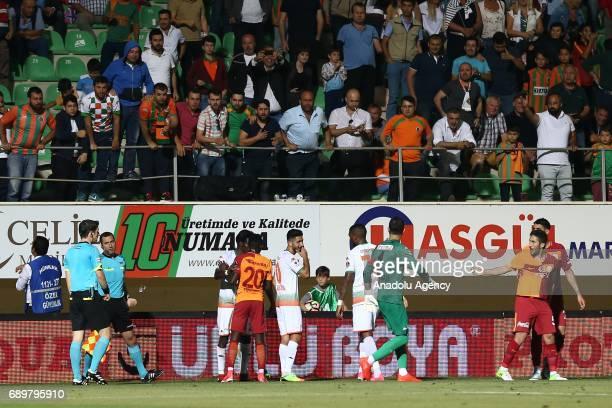 Bruma of Galatasaray separates arguing players in action during the Turkish Spor Toto Super Lig match between Aytemiz Alanyaspor and Galatasaray at...
