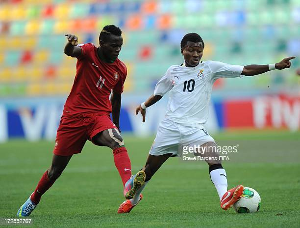 Bruma of Portugal challenges for the ball with Clifford Aboagye of Ghana during the FIFA U20 World Cup Round of 16 match between Portugal and Ghana...