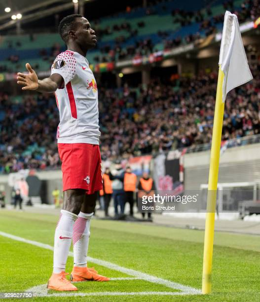 Bruma of RB Leipzig celebrates after scoring his team's first goal during UEFA Europa League Round of 16 match between RB Leipzig and Zenit St...