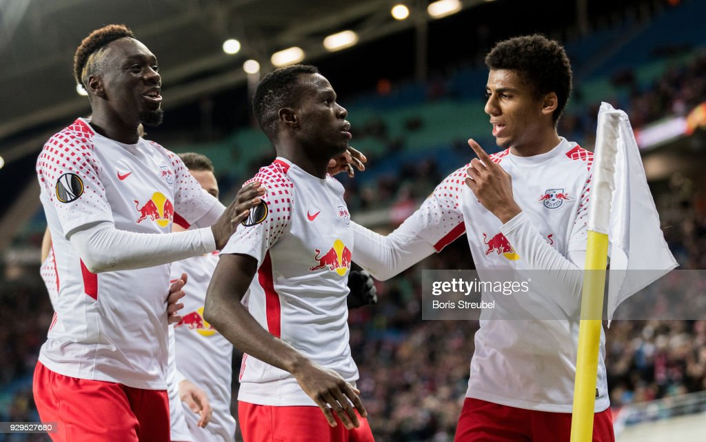 Bruma of RB Leipzig celebrates with team mates after scoring his team's first goal during UEFA Europa League Round of 16 match between RB Leipzig and Zenit St Petersburg at the Red Bull Arena on March 8, 2018 in Leipzig, Germany.