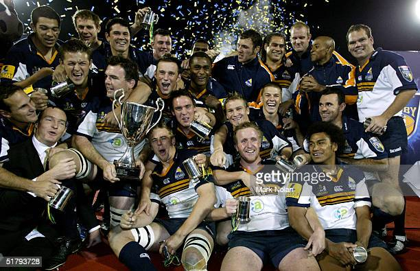Brumbies celebrate winning the Super 12 Rugby Final between the ACT Brumbies and the Crusaders on May 22, 2004 at Canberra Stadium in Canberra,...