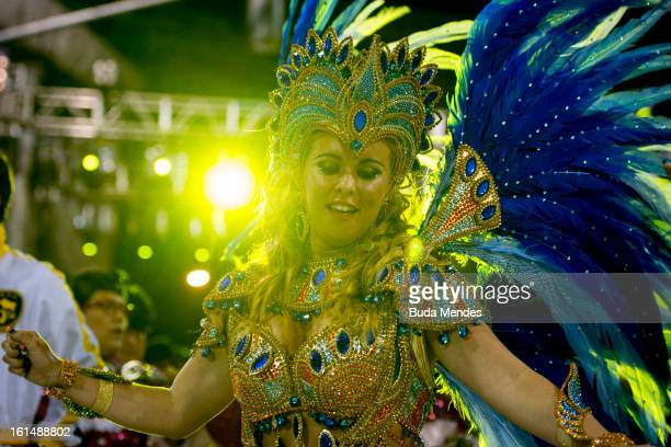 Bruna Almeida Queen of Percussion of São Clemente Samba School dances in the parade whose theme Horario Nobre tells in chapters the story of several...