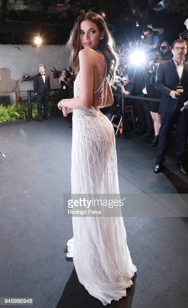 Bruna Marquezine attends the 2018 amfAR gala Sao Paulo at the home of Dinho Diniz on April 13 2018 in Sao Paulo Brazil