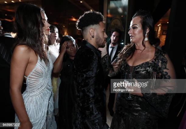 Bruna Marquezine Neymar Jr and Nadine Goncalves attend the 2018 amfAR gala Sao Paulo at the home of Dinho Diniz on April 13 2018 in Sao Paulo Brazil