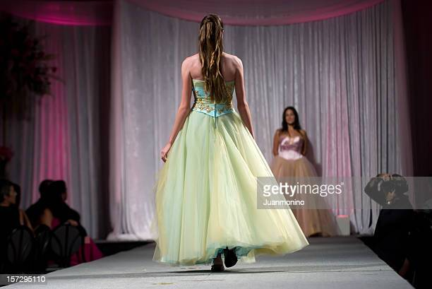 brunette model from behind - catwalk stage stock pictures, royalty-free photos & images