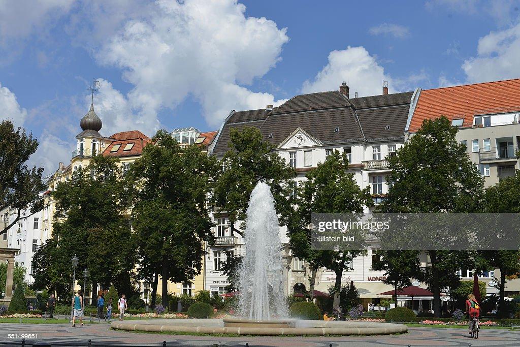 Lovely Brunnen, Viktoria Luise Platz, Schoeneberg, Berlin, Deutschland / Schöneberg