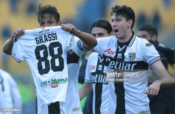 Bruno Alves of Parma Calcio celebrates his goal with his teammate Alessandro Bastoni during the Serie A match between Parma Calcio and Chievo Verona...