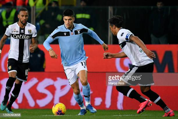 Bruno Alves of Parma Calcio compete for the ball with Joaquin Correa of SS Lazio during the Serie A match between Parma Calcio and SS Lazio at Stadio...