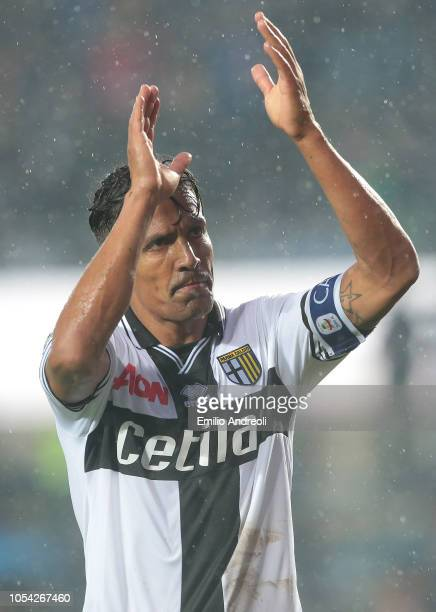 Bruno Alves of Parma Calcio greets the fans at the end of the Serie A match between Atalanta BC and Parma Calcio at Stadio Atleti Azzurri d'Italia on...