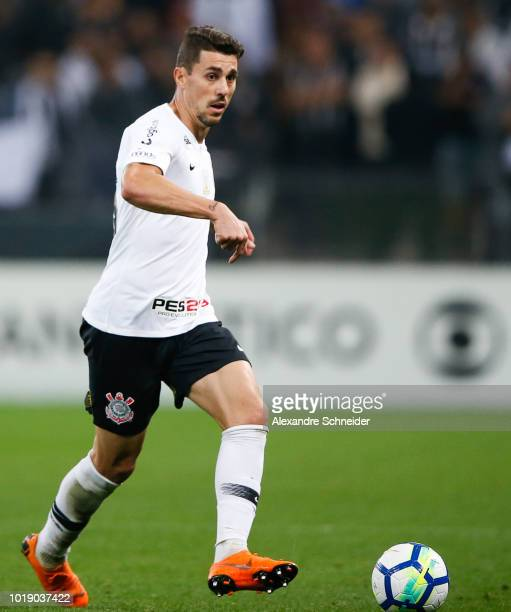 Bruno Avelar of Corinthians in action during the match against Gremio for the Brasileirao Series A 2018 at Arena Corinthians Stadium on August 18...
