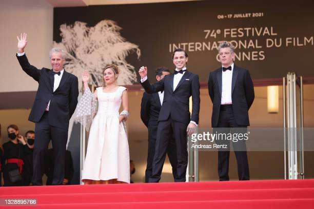 """Bruno Dumont, Blanche Gardin, Emanuele Arioli and Benjamin Biolay attend the """"France"""" screening during the 74th annual Cannes Film Festival on July..."""