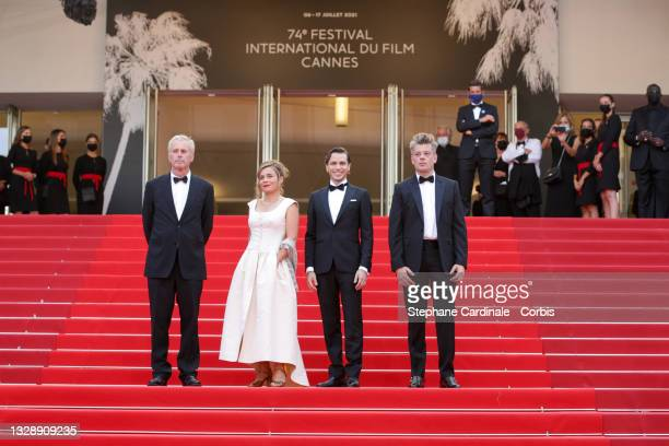 """Bruno Dumont, Blanche Gardin, Emanuele Arioli and Benjamin Biolay attends the """"France"""" screening during the 74th annual Cannes Film Festival on July..."""