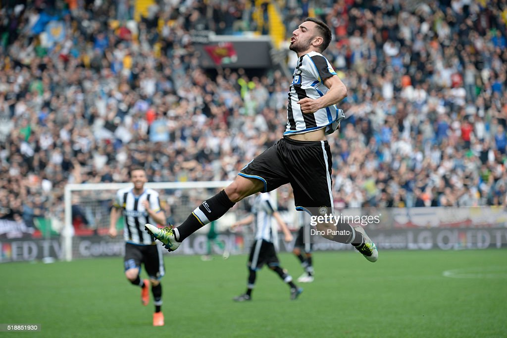 Bruno Fernandes Borges of Udinese Calcio celebrates after scoring his team's second goal during the Serie A match between Udinese Calcio and SSC Napoli at Stadio Friuli on April 3, 2016 in Naples, Italy.