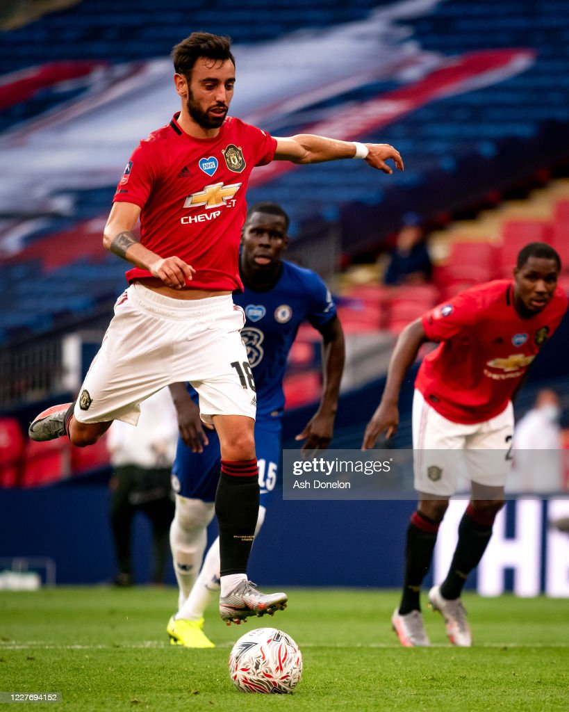 Manchester United v Chelsea - FA Cup: Semi Final : ニュース写真
