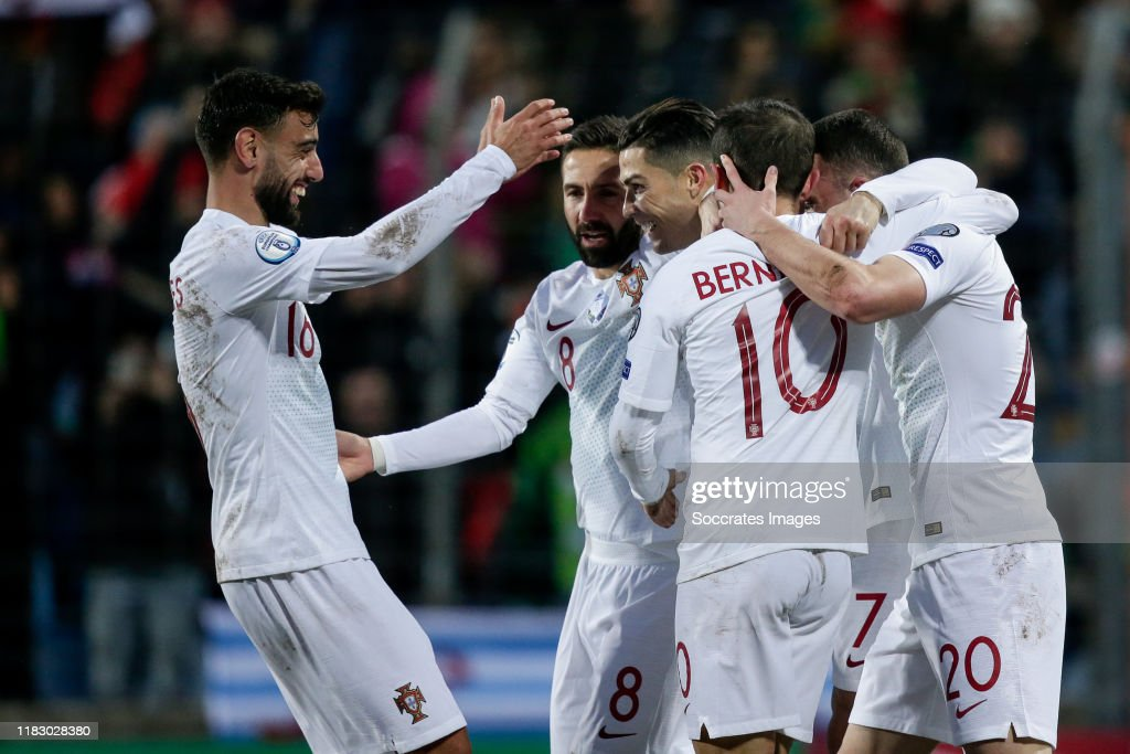 Luxembourg  v Portugal  -EURO Qualifier : Photo d'actualité