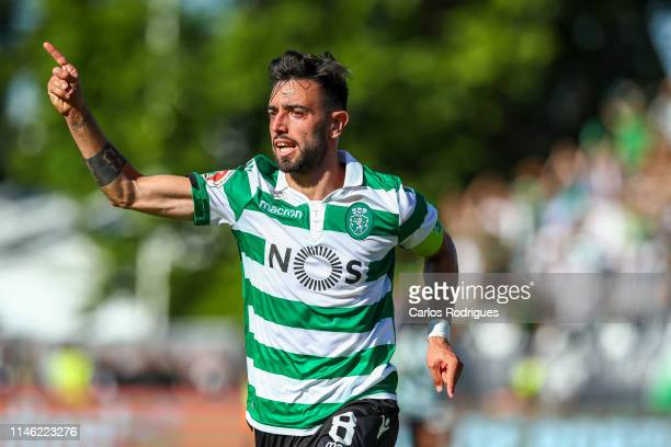 Bruno Fernandes of Sporting CP celebrates scoring Sporting CP goal during the match between Sporting CP and FC Porto Taca de Portugal Final at...