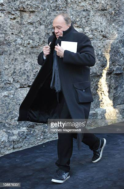 Bruno Ganz attends the memorial service for Bernd Eichinger at the St Michael Kirche on February 07 2011 in Munich Germany Producer Bernd Eichinger...