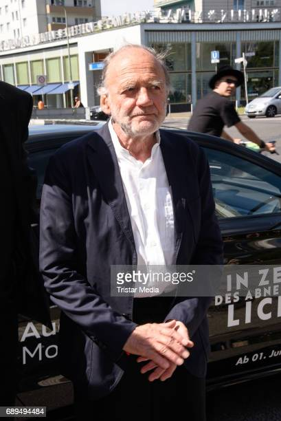 Bruno Ganz attends the premiere 'In Zeiten des abnehmenden Lichts' on May 28 2017 in Berlin Germany