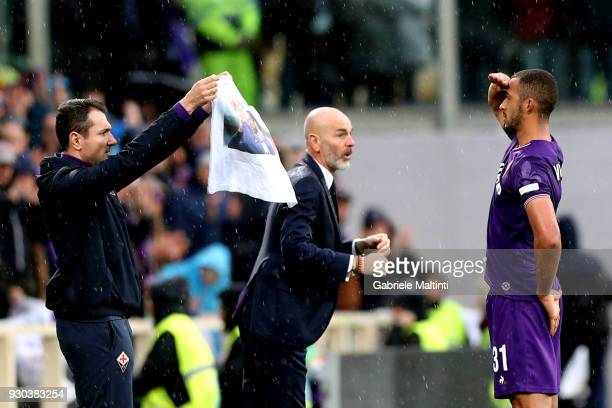 Bruno Gaspar of ACF Fiorentina celebrates after scoring a goal during the serie A match between ACF Fiorentina and Benevento Calcio at Stadio Artemio...