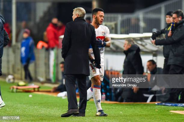 Bruno Genesio Coach and Memphis Depay of Lyon during the french League Cup match Round of 16 between Montpellier and Lyon on December 13 2017 in...