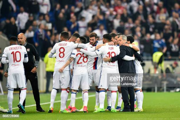 Bruno Genesio of Lyon and Lyon's players during the Uefa Europa League quarter final first leg match between Olympique Lyonnais Lyon and Besiktas at...