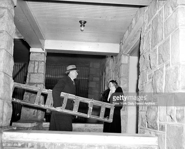 Bruno Hauptmann trial in Flemington for the kidnap and murder of Charles A Lindbergh Jr Ladder brought into court