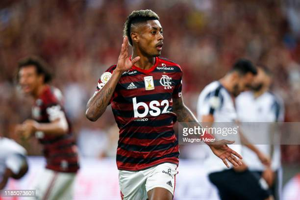 Bruno Henrique of Flamengo celebrates after scoring the first goal of his team during the match against Ceará for the Brasileirao Series A 2019 at...