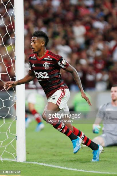 Bruno Henrique of Flamengo celebrates after scoring the opening goal during a second leg semifinal match between Flamengo and Gremio as part of Copa...