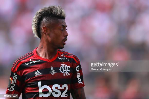 Bruno Henrique of Flamengo looks on during the final match of Copa CONMEBOL Libertadores 2019 between Flamengo and River Plate at Estadio Monumental...