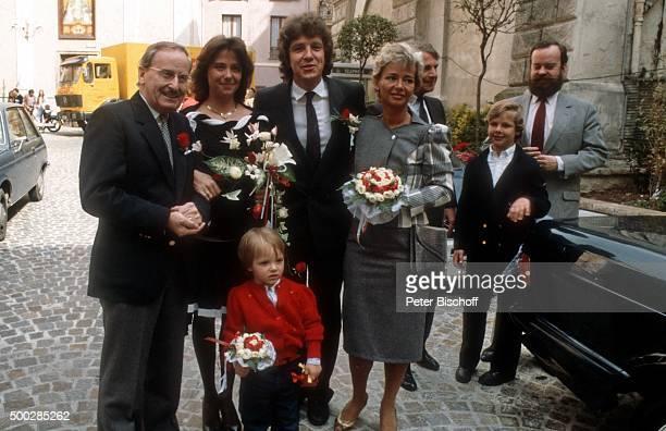 """""""Bruno Ingold , Monika Schanze, Michael Schanze, Sohn Florian Schanze, Elke Blum , Oliver Blum, Götz Blum, Hochzeit am in Monte Carlo, Monaco. """""""