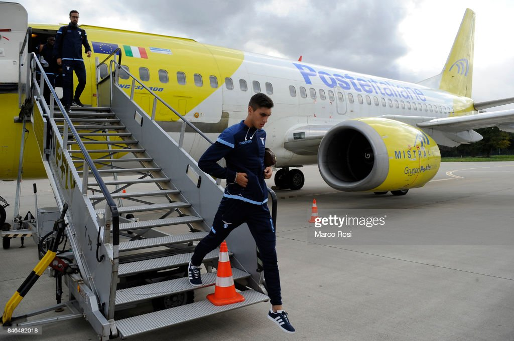 Bruno Jordao disembarks the plane as SS Lazio travel to Arnhem ahead of their UEFA Europa League match against Vitesse Arnhem on September 13, 2017 in Arnhem, Netherlands.