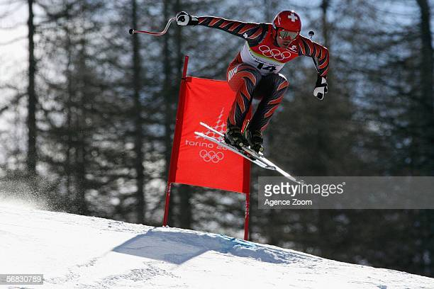 Bruno Kernen of Switzerland competes in the Mens Downhill Alpine Skiing Final on Day 2 of the 2006 Turin Winter Olympic Games on February 12 2006 in...